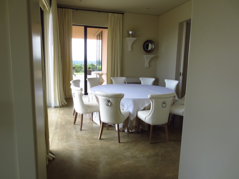 The Sliding Glass Doors Disappear Into The Wall Pockets To Open The Dining  Room To The Outside. If You Need More Space For Your Group, Dining Space Is  Also ...